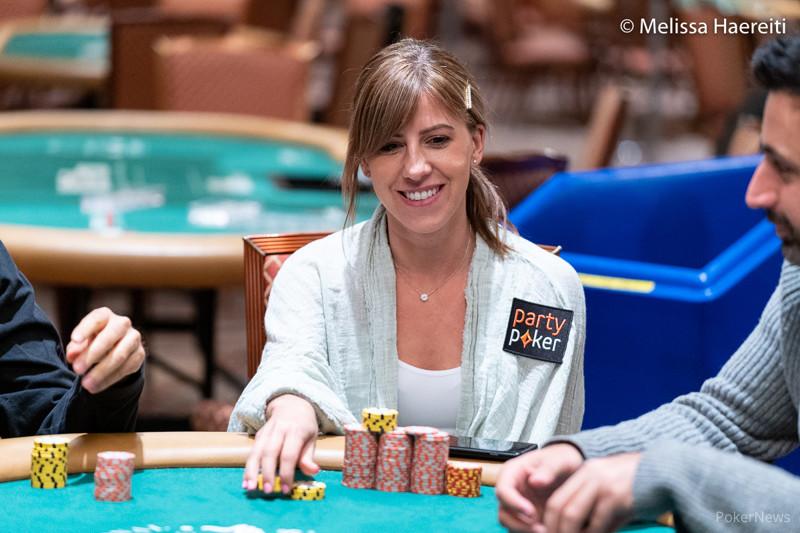 Kristen Bicknell memenangkan gelang ketiga