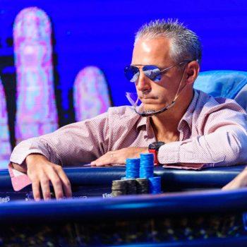 Wawancara dengan Damián Salas pada jam Head's Up